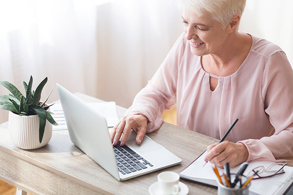 A Bill Paying Service Simplifies Life for Seniors